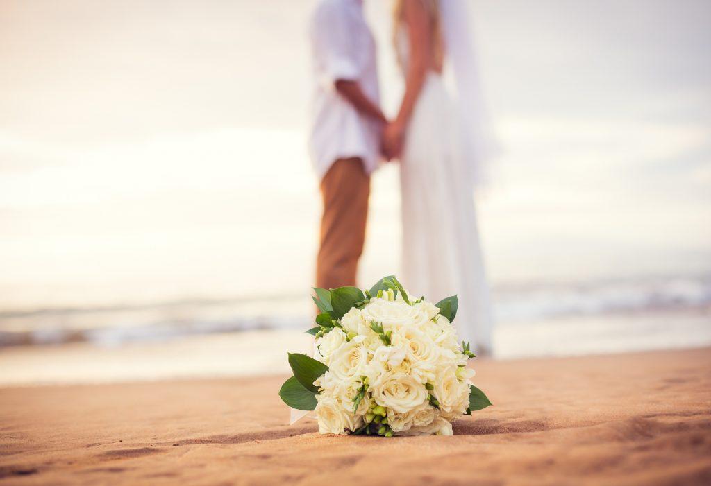 Beach Ocean Couple Flowers