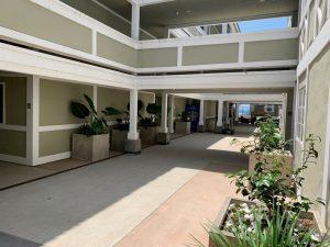 Oak Condominium Breezeway Timeshare