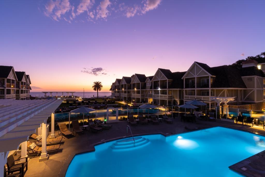 Carlsbad Resort Hotel Oeaan Courtyard Pool Sunset